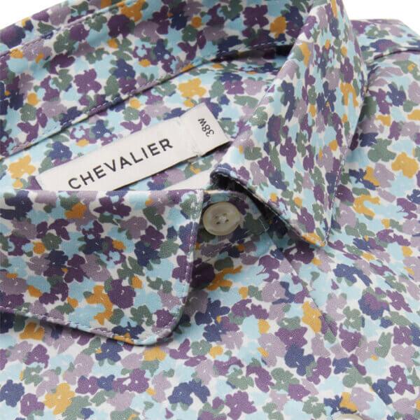 camisa de flores con flores